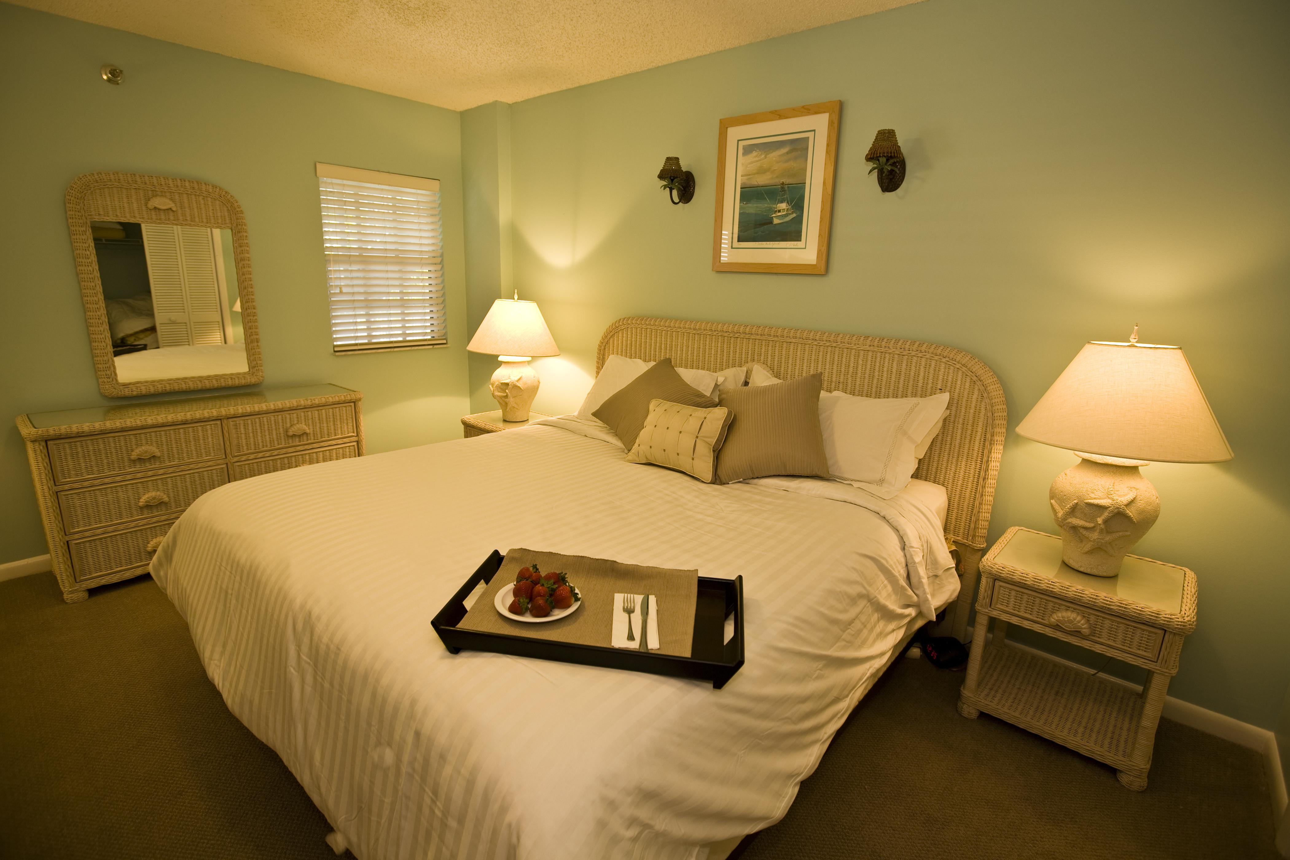 Ocean Point Room