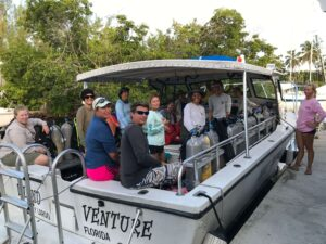 Private SCUBA tours ready to leave the Island Ventures dock with happy divers